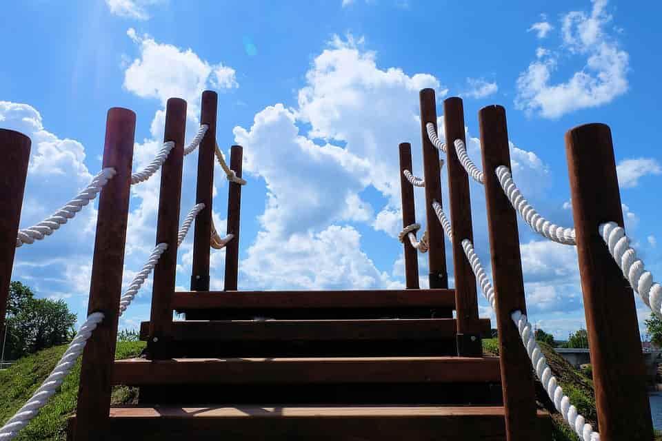 fa lépcső